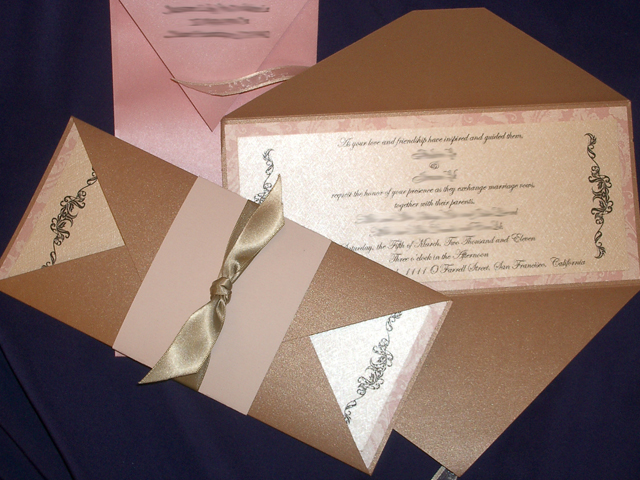 GB1229 Gate Fold Invitation (Cappuccino)