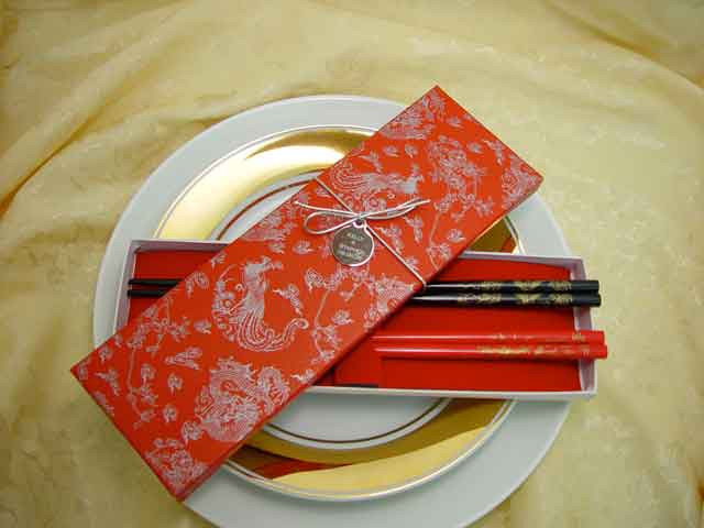 H2F2328 Dragon & Phoenix Chopstick set
